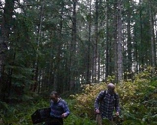 On the Forage for Fungi with Bon Appétit Willamette University Staff