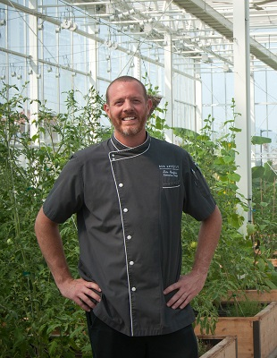 Chef/Manager Tate Barfuss