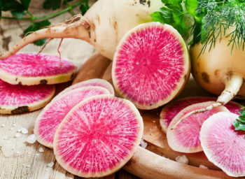 Wellness Wednesday: How to Choose the Best Fruits and Vegetables