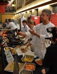Bon Appétit Holds Sustainable Iron Chef Competition at Carleton College