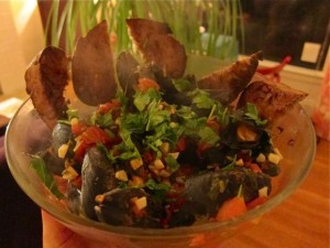 Mussels in Spicy Tomato-Cilantro Broth