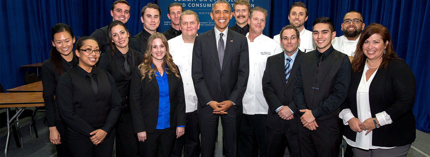 President Obama Eats at Stanford