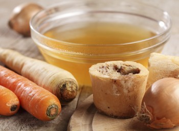 Wellness Tips from Bon Appétit: Boiling Down the Bone-Broth Claims