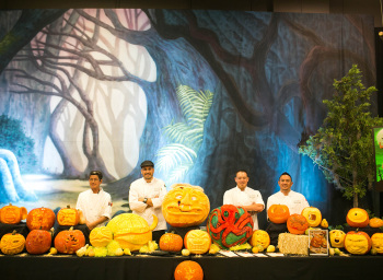 Top 10 Pumpkin-Carving Tips from Our Chef-Experts
